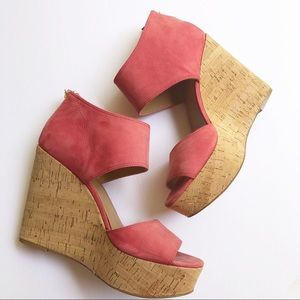 EUC Nine West Coral Caswell wedge sandals